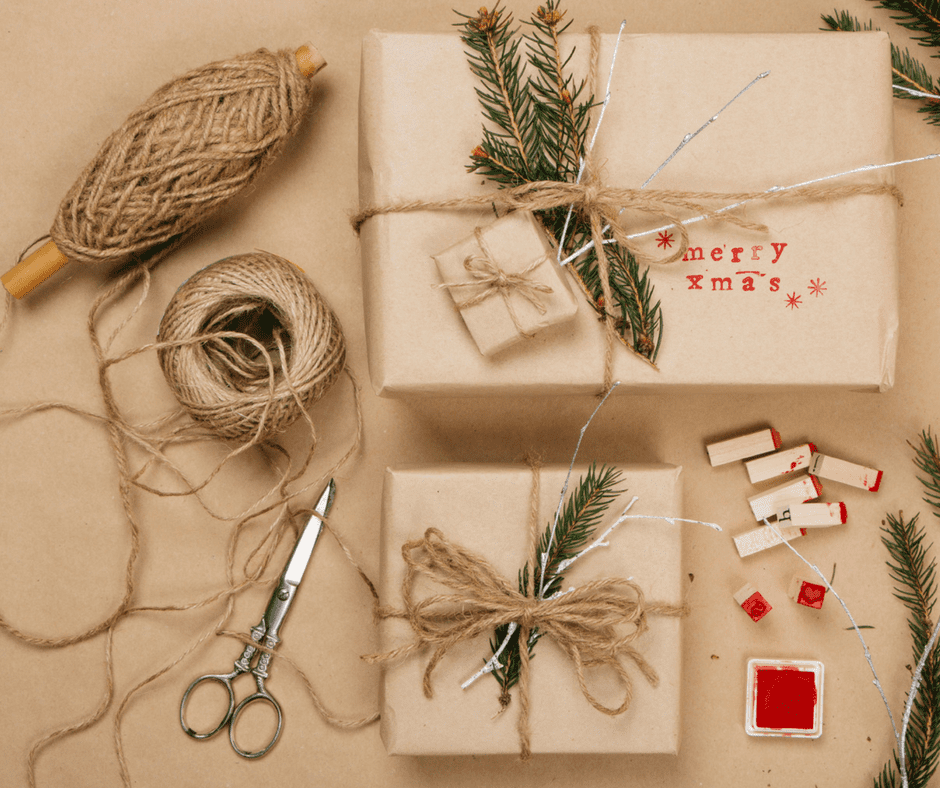 Eco friendly gift wrapping ideas for the holidays recycling trumbull ct - Eco friendly ideas ...