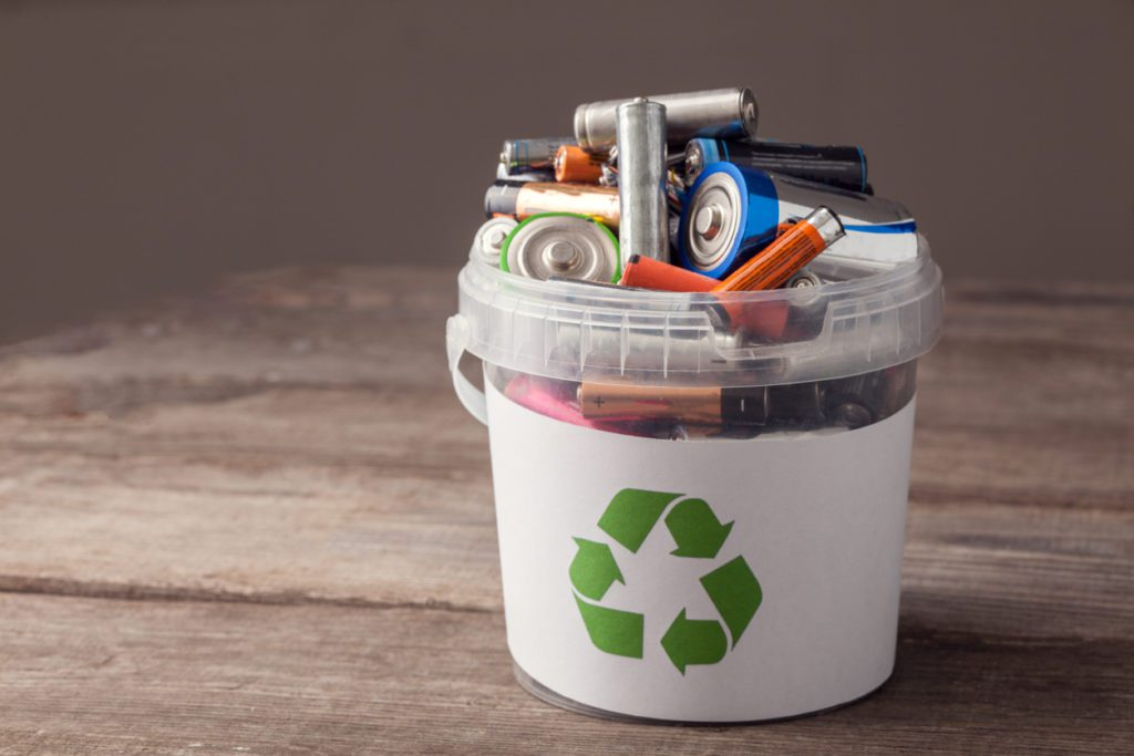 throwing away batteries can negatively impact the environment you live in